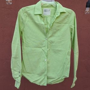 AE Fitted Green Button Down